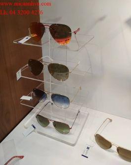 Kệ mica trưng bày kính mắt