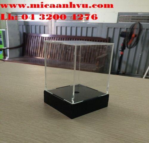 Hộp mica trưng bày đế hộp